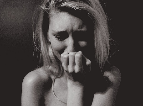 woman-crying